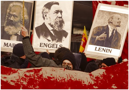proletariat and bourgeoisie essay Get an answer for 'what are the main points of karl marx's theory of  and the bourgeoisie the proletariat were those  enotescom/topics/karl-marx.